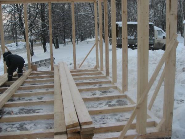 Деревянный сарай с односкатной крышей 106